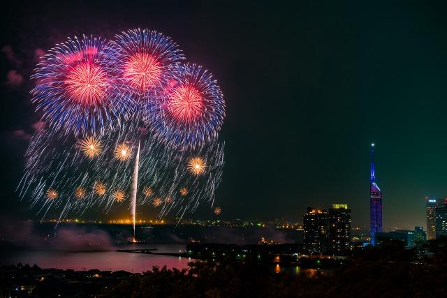 百道浜花火大会「花火Fantasia」へ協賛しました。
